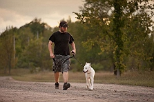 6 Ways to make your walk with your dog m..