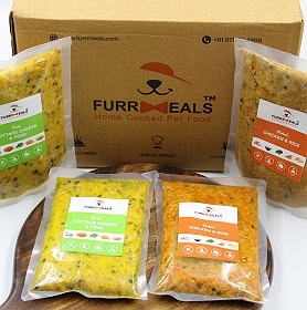 FurrMeals Extra Large Furry Weekly Veg Plan (Fresh Cottage Cheese & Peas) - 500 gm (Pack of 14)