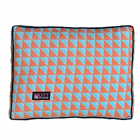 Mutt Of Course Water Color Rust & Blue Flat Bed - Xlarge